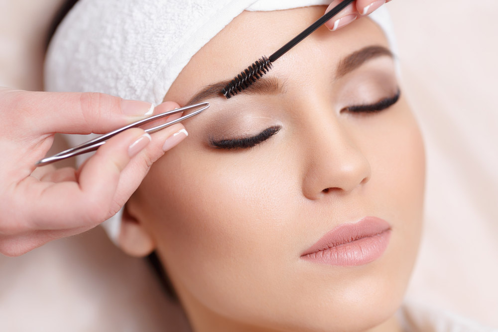 Eyebrow Shaping - Face to Face